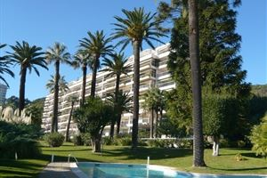 APPARTEMENT T3 DANS RESIDENCE STANDING A CANNES