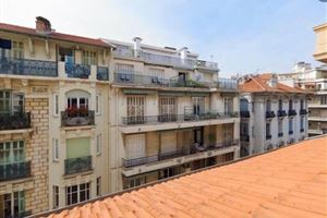 APPARTEMENT T3 DENIER ETAGE A NICE