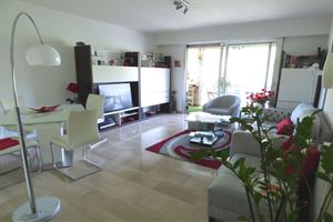 APPARTEMENT T3 A VENCE
